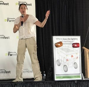 SPOTLIGHT: UMASH Shines a Light on Safety at MN Farmfest